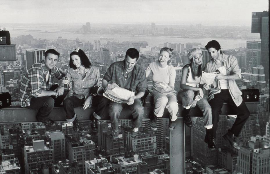 Friends : Plus de vingt ans après, pourquoi la série continue-t-elle d'être si populaire ?